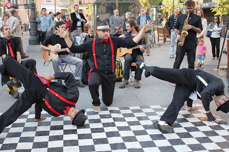 Swingdigentes na Festivalu uličnih svirača Novi Sad