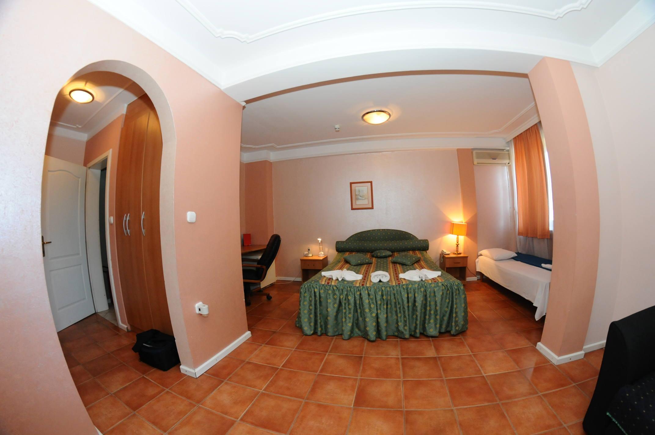 apartmani u novom sadu hotel rimski
